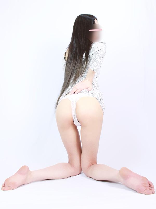 日暮里手コキ&オナクラ 世界のあんぷり亭 美脚系 めぐ