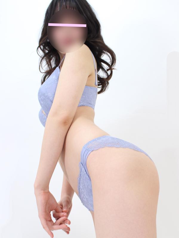 新橋手コキ&オナクラ 世界のあんぷり亭 いぶき