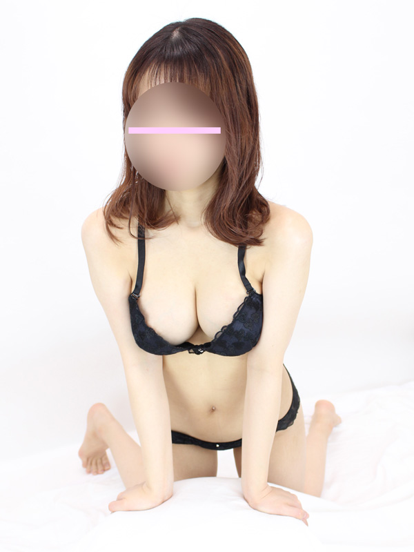 鶯谷手コキ&オナクラ 世界のあんぷり亭 かほ